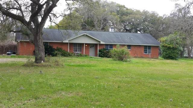 4687 County Road 288, Angleton, TX 77515 (MLS #8743665) :: Caskey Realty