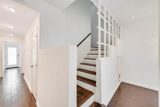 4004 Montrose Boulevard #11, Houston, TX 77006 (MLS #87691990) :: My BCS Home Real Estate Group