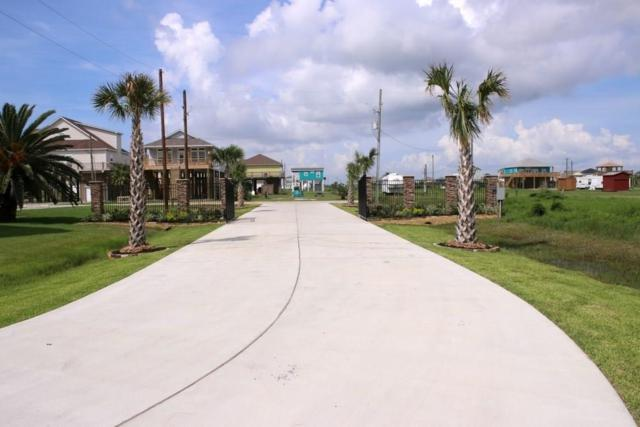 1216 SW Crystal Dunes Way SW, Crystal Beach, TX 77650 (MLS #88661992) :: Caskey Realty