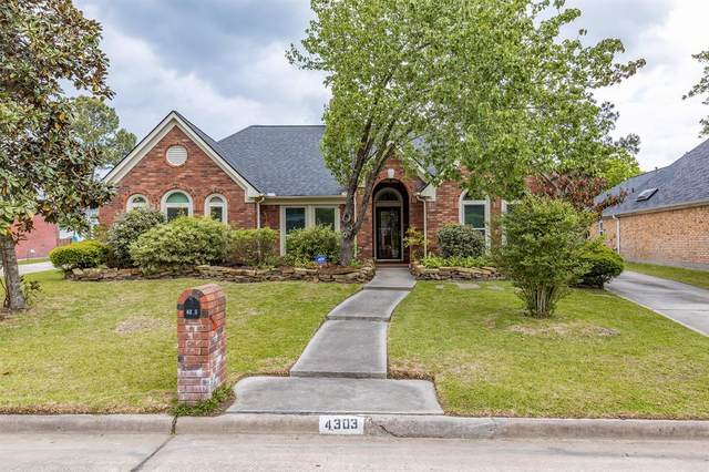 4303 Meadow Forest Lane, Kingwood, TX 77345 (MLS #88918632) :: The Parodi Team at Realty Associates