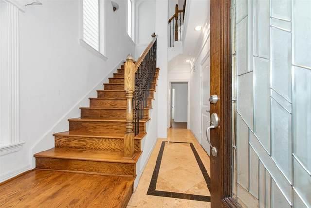 6118 Tyne Street, Houston, TX 77007 (MLS #89186953) :: Lerner Realty Solutions