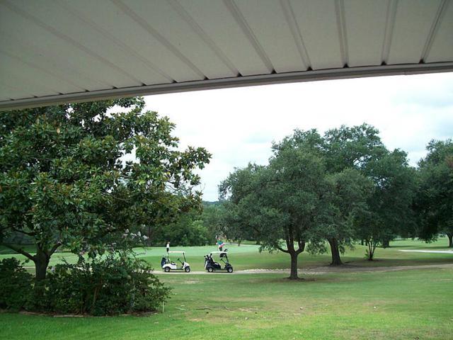 1202 Greenbriar Drive, Huntsville, TX 77340 (MLS #90571440) :: Mari Realty