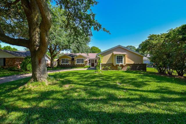 1227 Frances, Rosenberg, TX 77471 (MLS #90702272) :: Texas Home Shop Realty