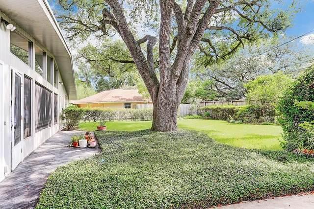 4823 Braesvalley Drive, Houston, TX 77096 (MLS #91359540) :: The Freund Group