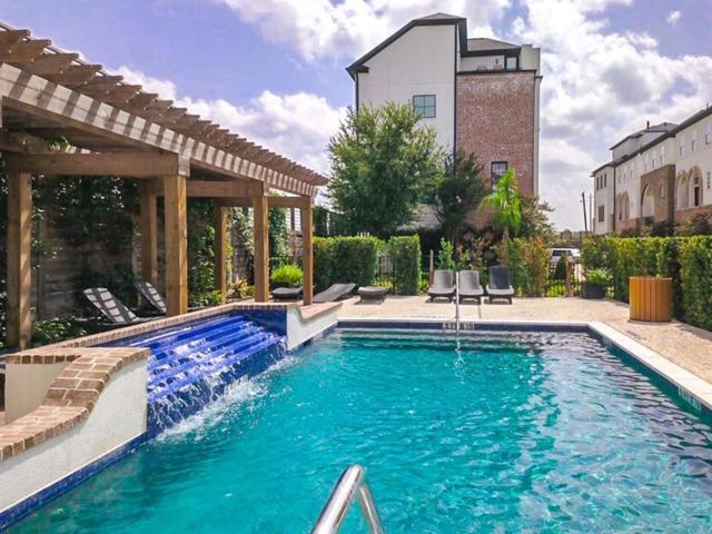 5604 Cohn Terrace, Houston, TX 77007 (MLS #9136966) :: Magnolia Realty