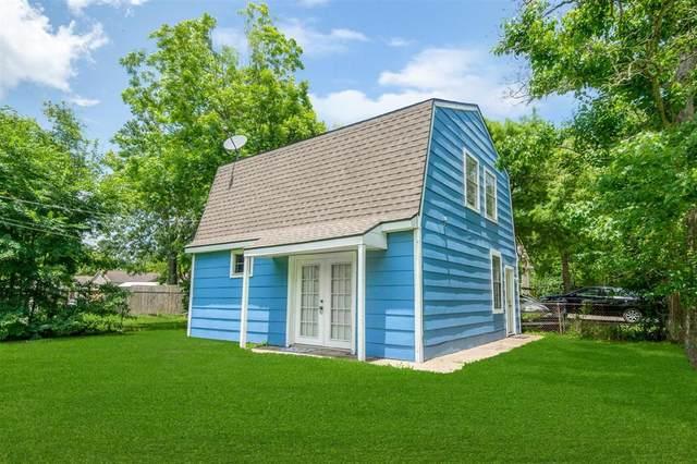 530 Jackson Avenue, Bacliff, TX 77518 (MLS #91477243) :: Guevara Backman