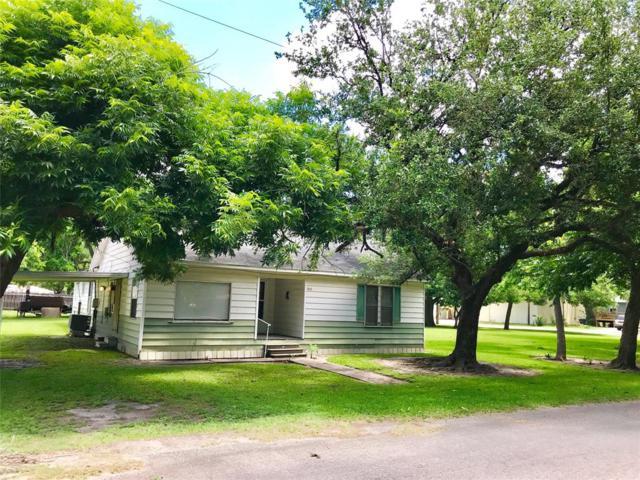 1513 11th Street, Bay City, TX 77414 (MLS #92231502) :: Texas Home Shop Realty