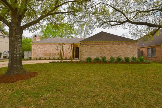 11823 Chase Lake Drive, Houston, TX 77077 (MLS #93385080) :: Texas Home Shop Realty