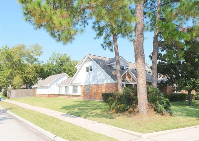 9714 Oasis Drive, Houston, TX 77096 (MLS #94430854) :: Texas Home Shop Realty