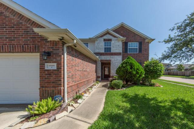 13101 Shallow Falls Lane, Pearland, TX 77584 (MLS #94758404) :: Carrington Real Estate Services