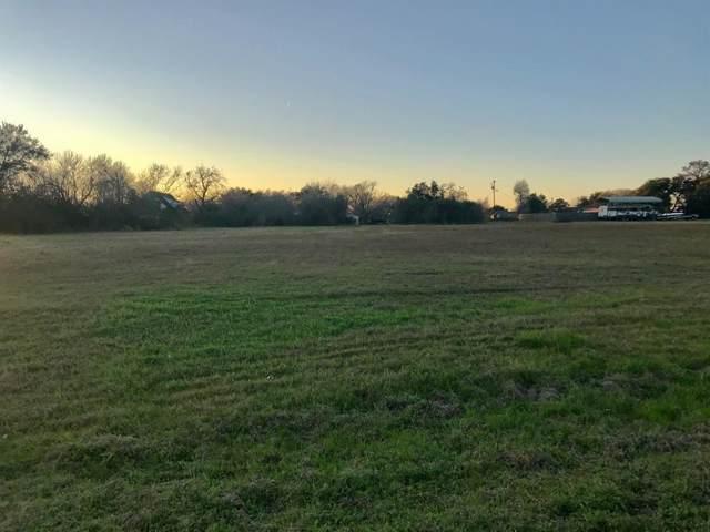 405 A Magnolia Drive, Prairie View, TX 77446 (MLS #95507666) :: Texas Home Shop Realty