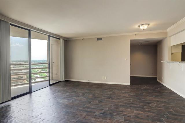 3525 Sage Rd Road #1318, Houston, TX 77056 (MLS #95757980) :: The Jill Smith Team