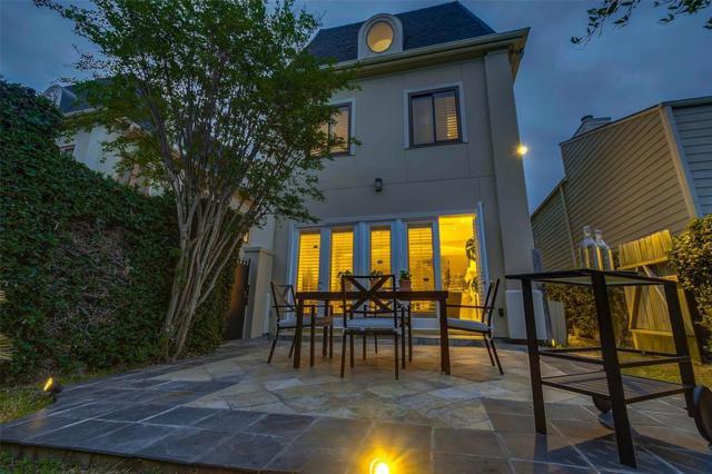 1805 Potomac Drive D, Houston, TX 77057 (MLS #97161768) :: Texas Home Shop Realty