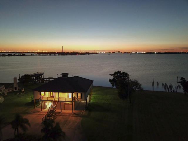 474 S Burnett Drive, Baytown, TX 77520 (MLS #98333332) :: Giorgi Real Estate Group
