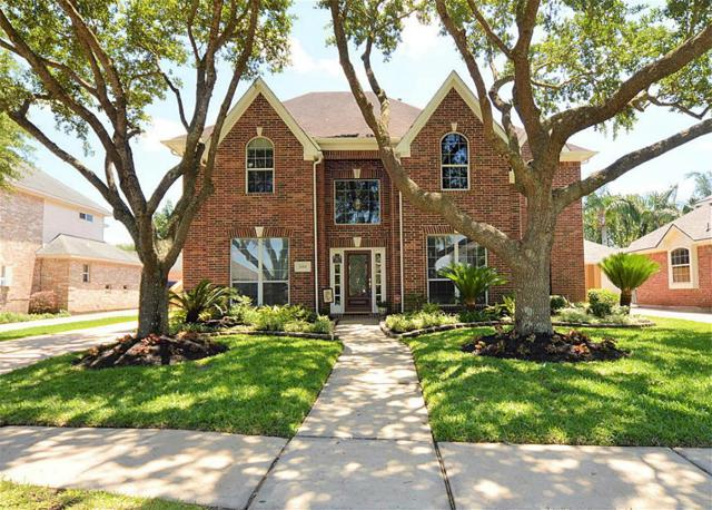 2015 Golden Bay Lane, League City, TX 77573 (MLS #9970542) :: REMAX Space Center - The Bly Team