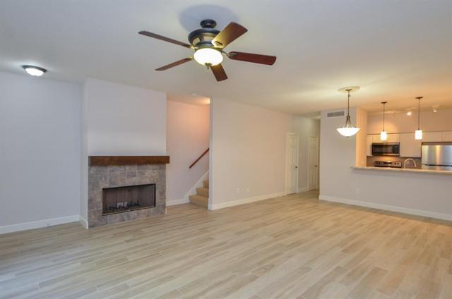 240 Wilcrest Drive #240, Houston, TX 77042 (MLS #10472525) :: Giorgi Real Estate Group