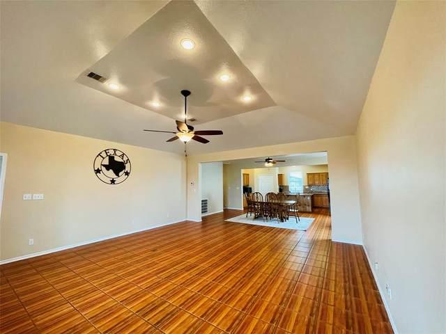 734 Marlin Street, Bayou Vista, TX 77563 (MLS #10882472) :: The SOLD by George Team