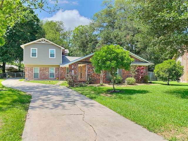 58 S Shamrock Court, Lake Jackson, TX 77566 (MLS #16890333) :: Homemax Properties