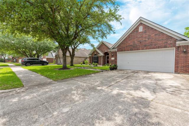 10311 Little Oak Drive, Baytown, TX 77523 (MLS #17765267) :: Texas Home Shop Realty