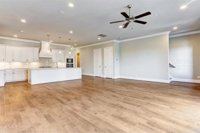 122 Stadium, Sugar Land, TX 77498 (MLS #27737108) :: Texas Home Shop Realty
