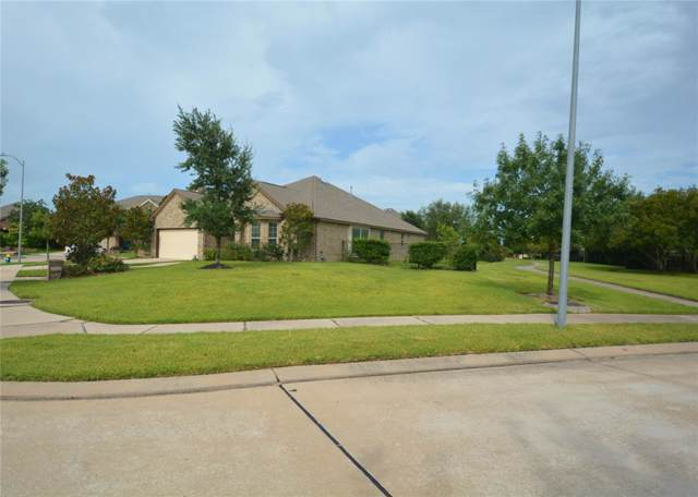 12202 Gable Cove Lane, Cypress, TX 77433 (MLS #33517754) :: NewHomePrograms.com LLC