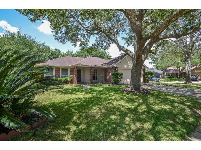 4927 Clover Lane, Pearland, TX 77584 (MLS #35644314) :: Magnolia Realty