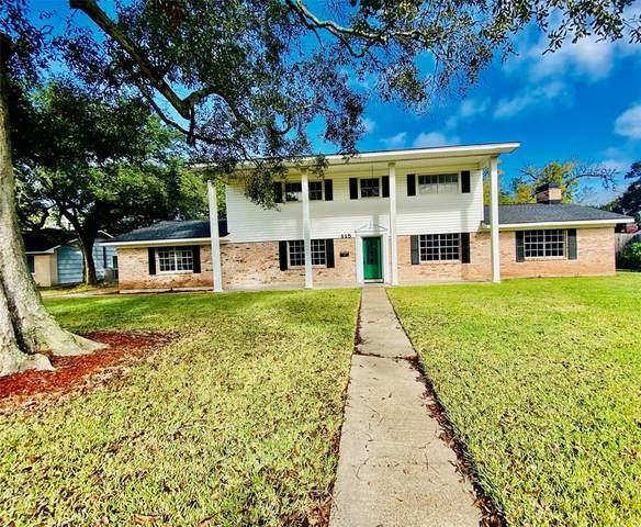 115 Persimmon Lane, Lake Jackson, TX 77566 (MLS #41024297) :: The Property Guys