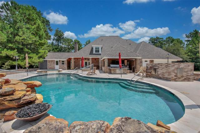 8034 Hills Parkway, Montgomery, TX 77316 (MLS #60424314) :: Giorgi Real Estate Group
