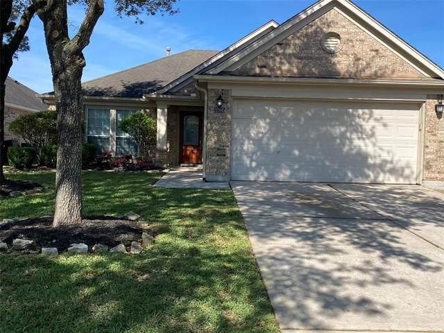 22845 Quest Brook Lane, Kingwood, TX 77339 (MLS #67409461) :: The Home Branch
