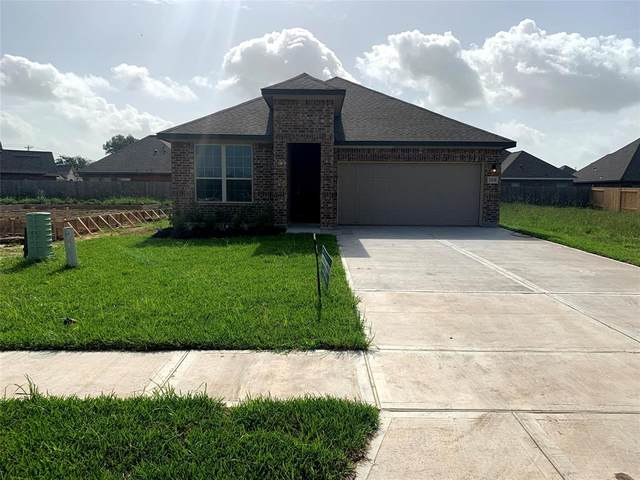769 Rosewood, Angleton, TX 77515 (MLS #70900229) :: The SOLD by George Team