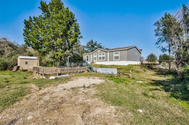 110 S Circle Drive, Liverpool, TX 77577 (MLS #7884485) :: Texas Home Shop Realty