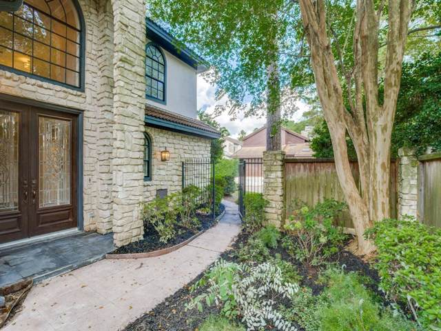 17 Kingwood Villas Court, Kingwood, TX 77339 (MLS #8175332) :: The Parodi Team at Realty Associates