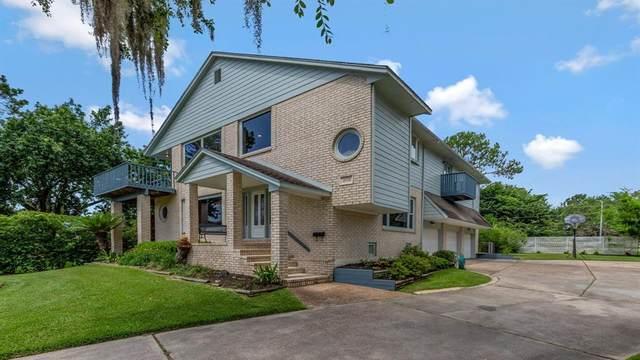 2523 Baycrest Drive, Houston, TX 77058 (MLS #83231150) :: Christy Buck Team