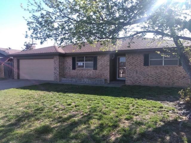 1820 Lynn Street, Pampa, TX 79065 (MLS #83975752) :: Texas Home Shop Realty