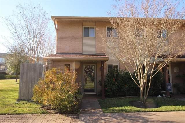 2330 Lakewood Yacht Club Drive #1, Seabrook, TX 77586 (MLS #84899976) :: Ellison Real Estate Team