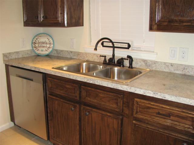 1308 Primrose Street, Conroe, TX 77385 (MLS #92059416) :: Texas Home Shop Realty
