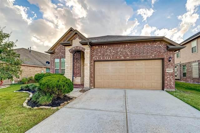 6815 Hunters Trace Lane, Baytown, TX 77521 (MLS #13627750) :: Ellison Real Estate Team