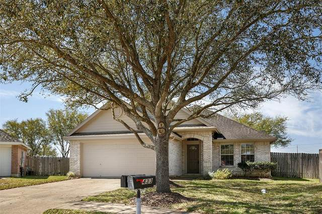 435 Abbey Lane, League City, TX 77573 (MLS #14471405) :: Phyllis Foster Real Estate