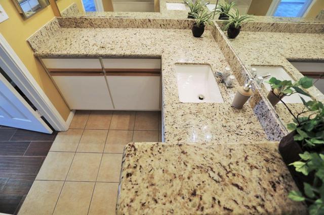 1330 Old Spanish Trail #1102, Houston, TX 77054 (MLS #24615366) :: Texas Home Shop Realty