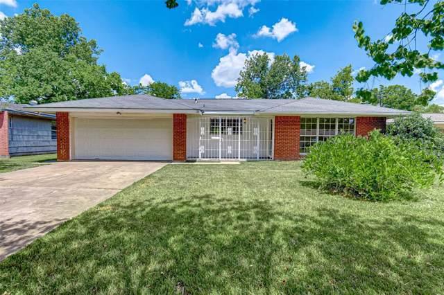 5718 Heatherbloom Drive, Houston, TX 77085 (MLS #24740349) :: The Heyl Group at Keller Williams