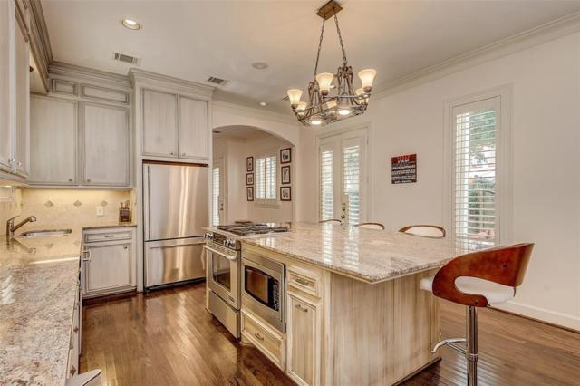 3115 Bammel Lane, Houston, TX 77098 (MLS #33709588) :: Texas Home Shop Realty