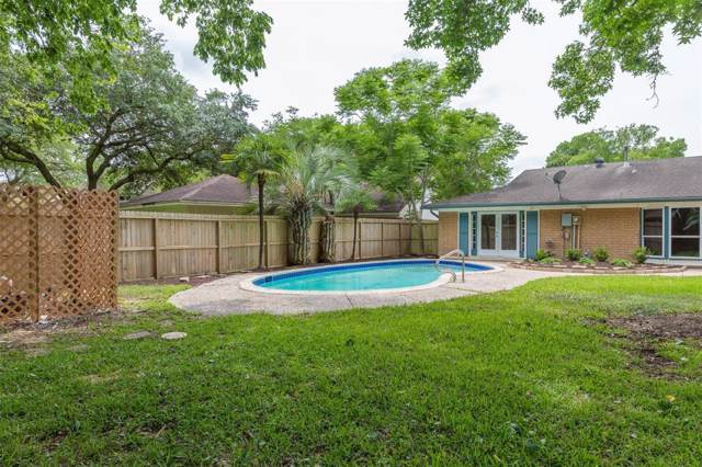 18519 Point Lookout Drive, Nassau Bay, TX 77058 (MLS #38433973) :: Ellison Real Estate Team