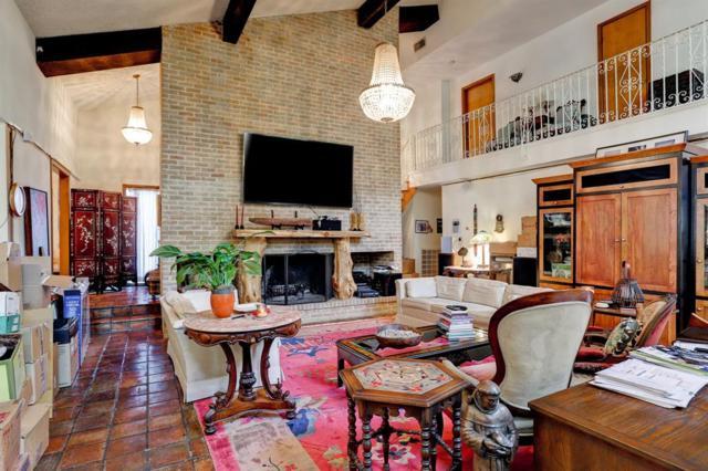 346 Tamerlaine Drive, Houston, TX 77024 (MLS #43717289) :: Texas Home Shop Realty