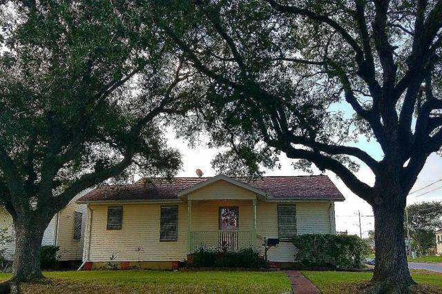 5027 Avenue P 1/2, Galveston, TX 77551 (MLS #83459042) :: Christy Buck Team