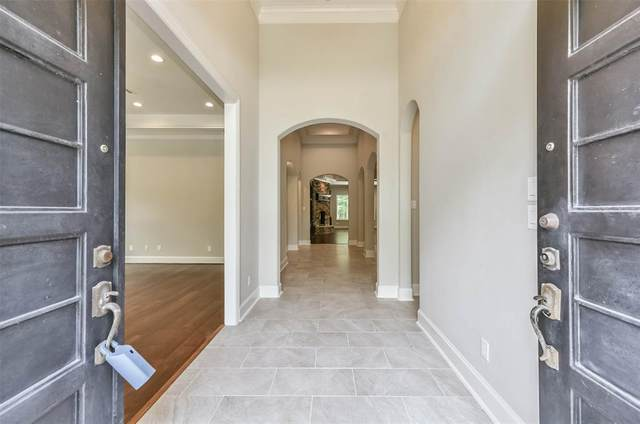 2932 S Cotswold Manor Drive, Kingwood, TX 77339 (MLS #5363632) :: Lerner Realty Solutions