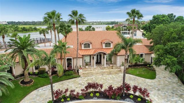 2014 Back Bay Court, Nassau Bay, TX 77058 (MLS #64134499) :: Bay Area Elite Properties