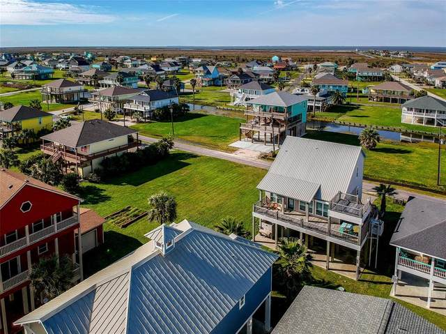 2932 Lakeside Drive, Crystal Beach, TX 77650 (MLS #62486337) :: The Queen Team