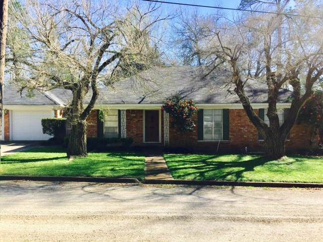 215 Homewood Drive, Crockett, TX 75835 (MLS #10339195) :: The Home Branch