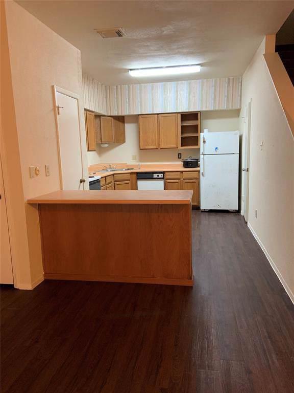 9803 Club Creek Drive #173, Houston, TX 77036 (MLS #10376043) :: NewHomePrograms.com LLC