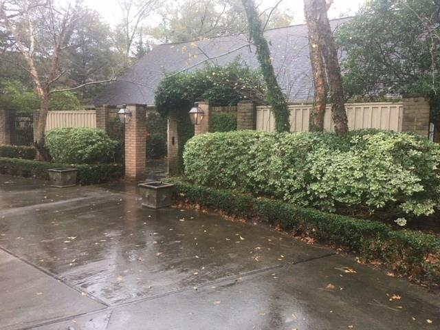 32 E Broad Oaks Drive, Houston, TX 77056 (MLS #10434902) :: Green Residential